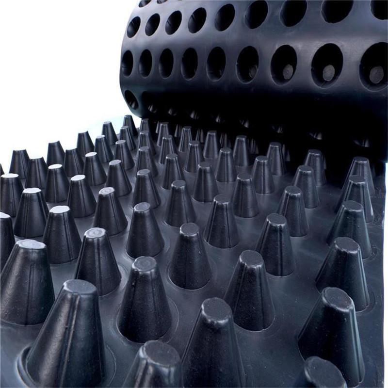 <b>塑料排水板</b>